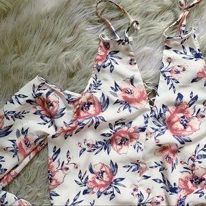 CHARLOTTE RUSSE • Floral strappy cold shoulder top